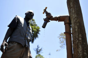 Wasser ist Leben: Sauberes Trinkwasser als Grundversorgung / GrowExpress Ltd.