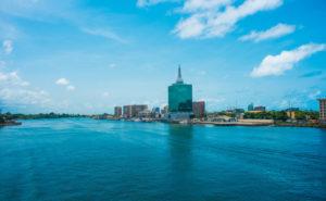 Skyline der mit 21 Mill Einwohnern größten Stadt Afrikas - Lagos in Nigeria.