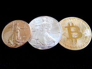 L'or et la cryptoconnaie : la symbolisation des métaux précieux / Pixabay