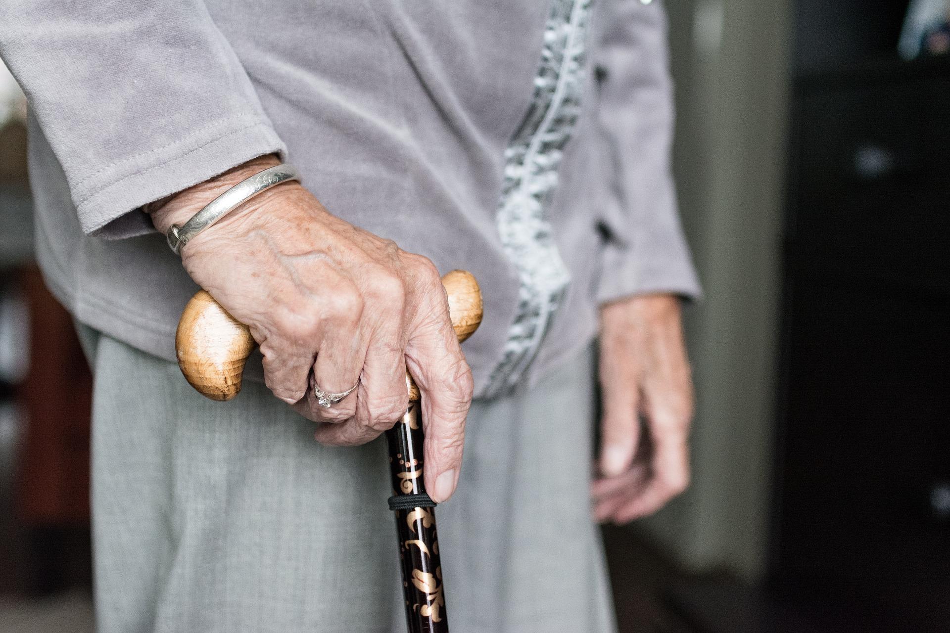 Senior care / Pixabay