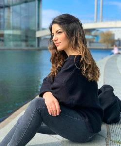 Viktoria Akopjan - Studente e blogger