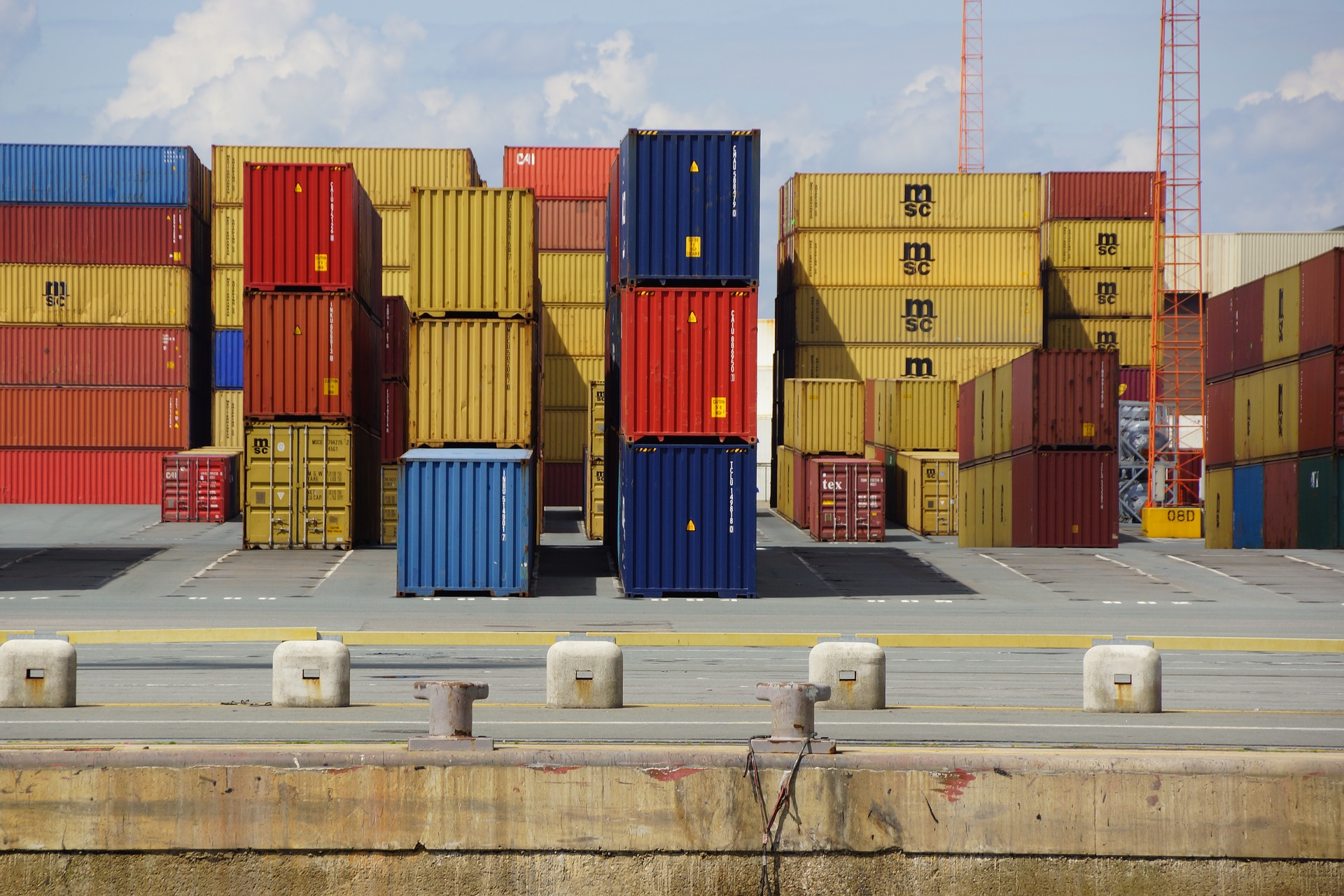 Supply chains: Transport, storage and distribution processes