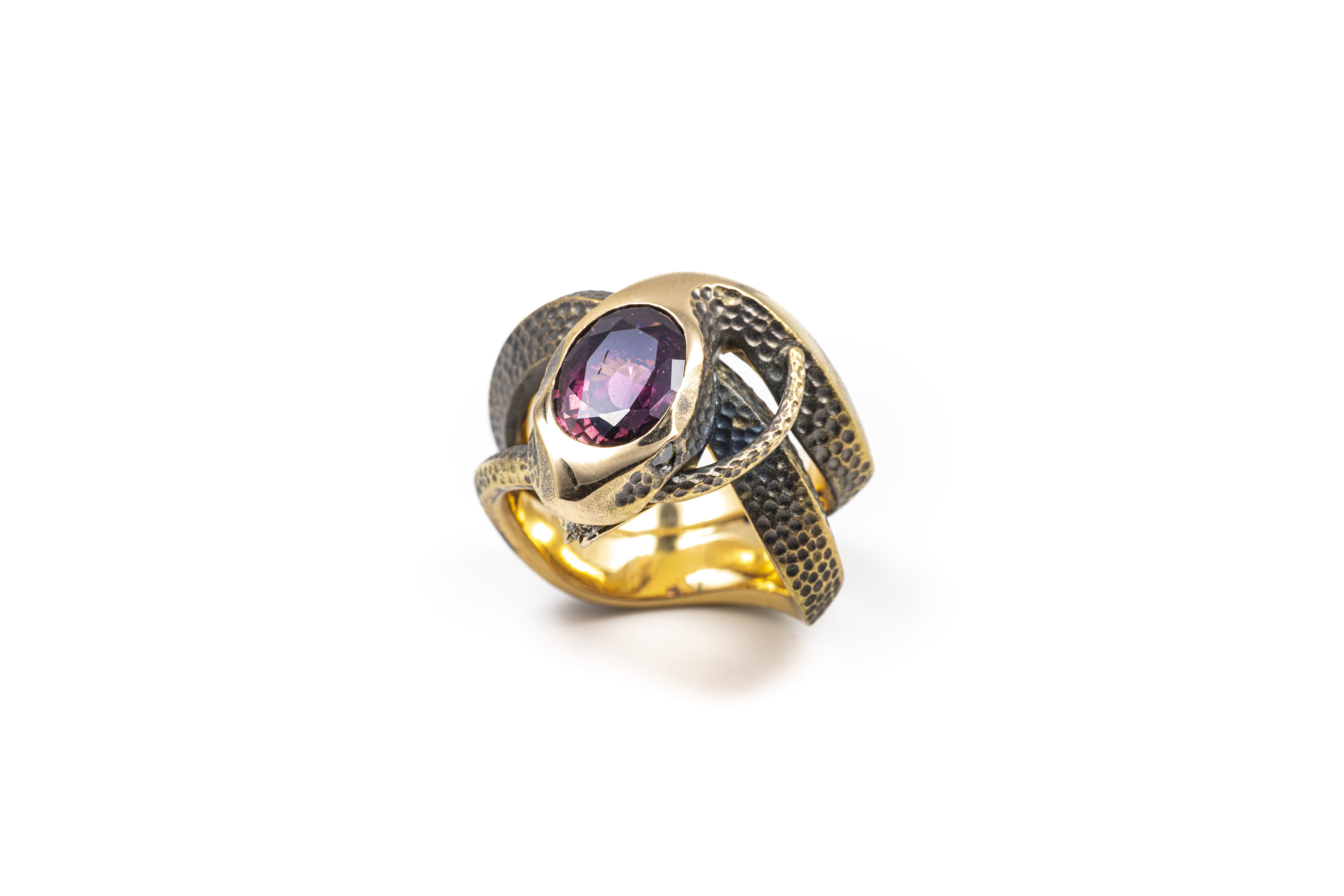 Why do the French have a fascination for gemstones?
