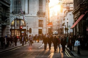 Nachhaltige Versorgung und Innovation im Blickwinkel des urbanen Lebens