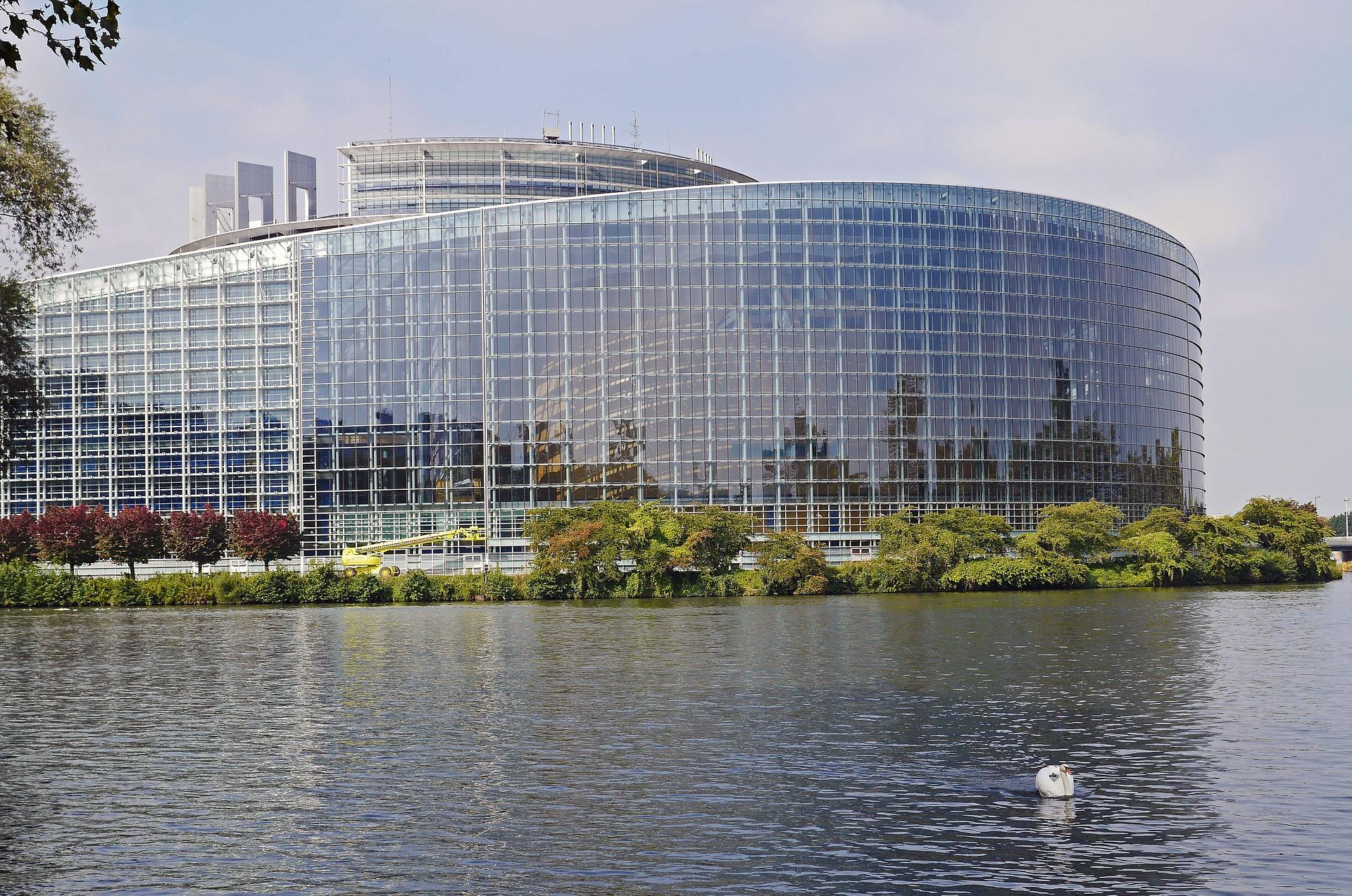 Croissance économique Union européenne (UE) : Liberté de circulation - Développement - Déploiement