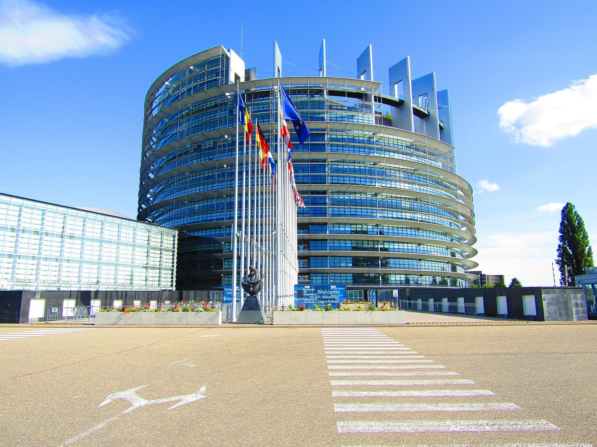 Crescita economica Unione europea (UE): Libertà di movimento - Sviluppo - In corso